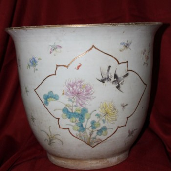 Chinese Antiques Qing Dynasty Planter