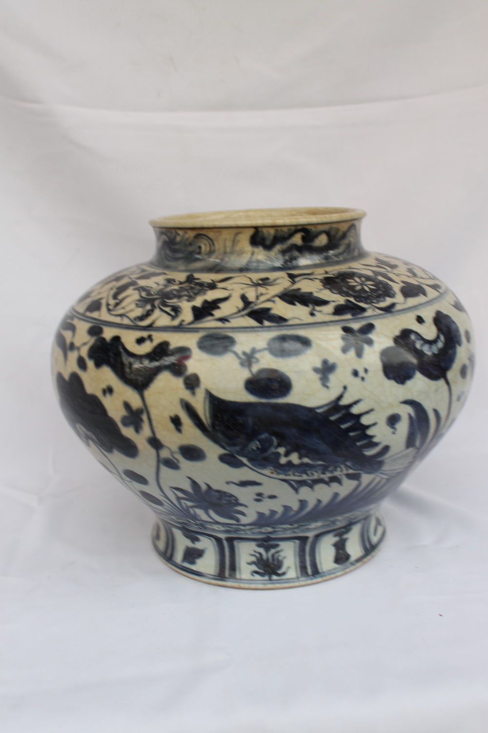 Ming Dynasty Vase Chinese Antiques Blue And White